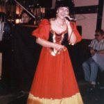 Aki látta már a színpadon Bangó Margitot, tudja, milyen energiával énekel