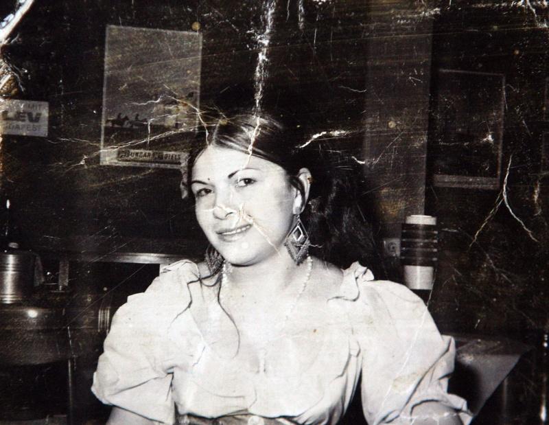 Bangó Margit régi képet mutatott magáról