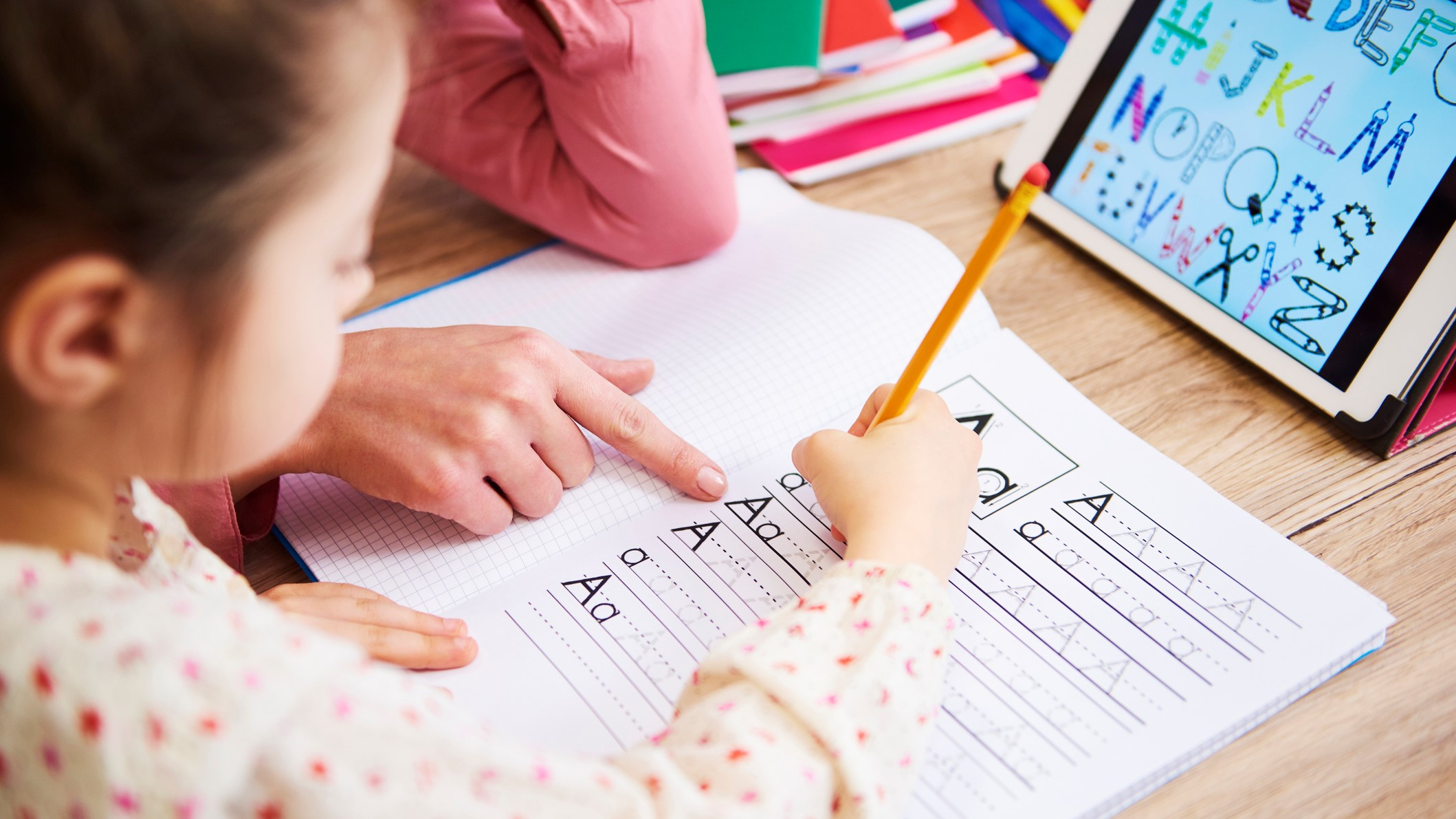 Digitális oktatás: a szülő tanítja a gyereket