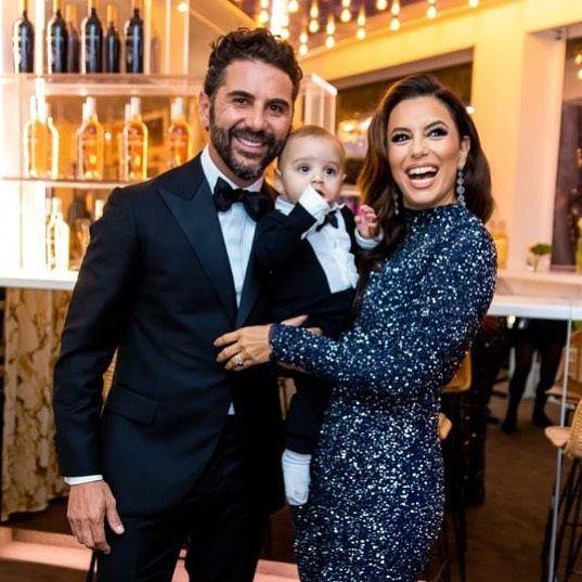 Eva Longoria és férje, Jose Antonio Bastón a kisfiukkal, Santiagóval (Fotó: Instagram)