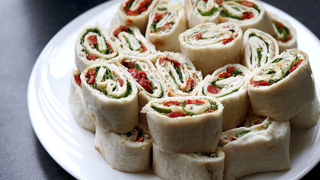 A wrap-tésztába mindenki azt teker, amit csak szeret (Fotó: Pixabay.com)