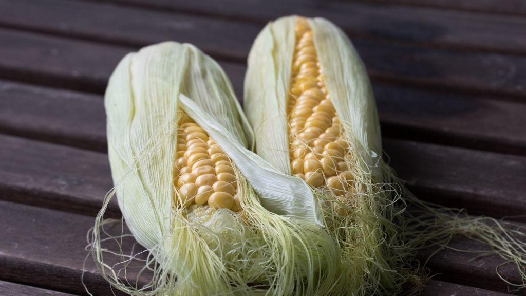Így lesz tökéletes a vajas főtt kukorica.