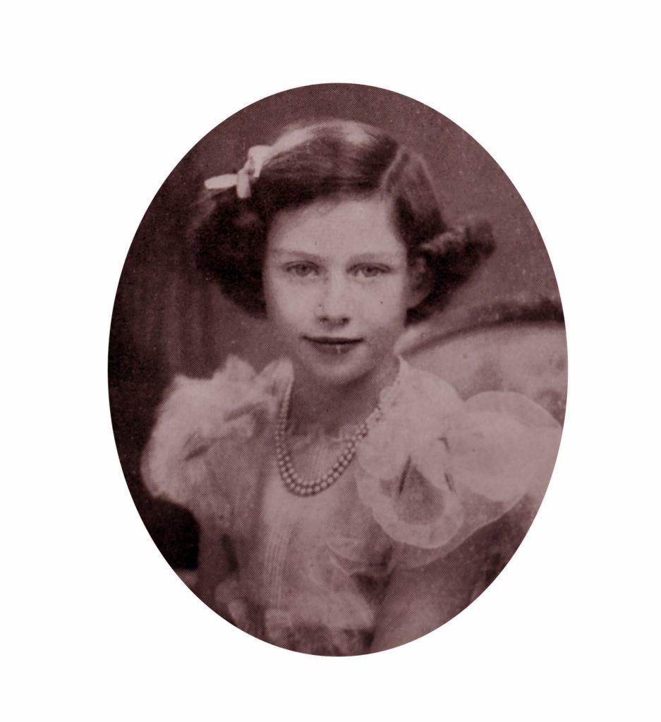 A 9 éves Erzsébet hercegnő