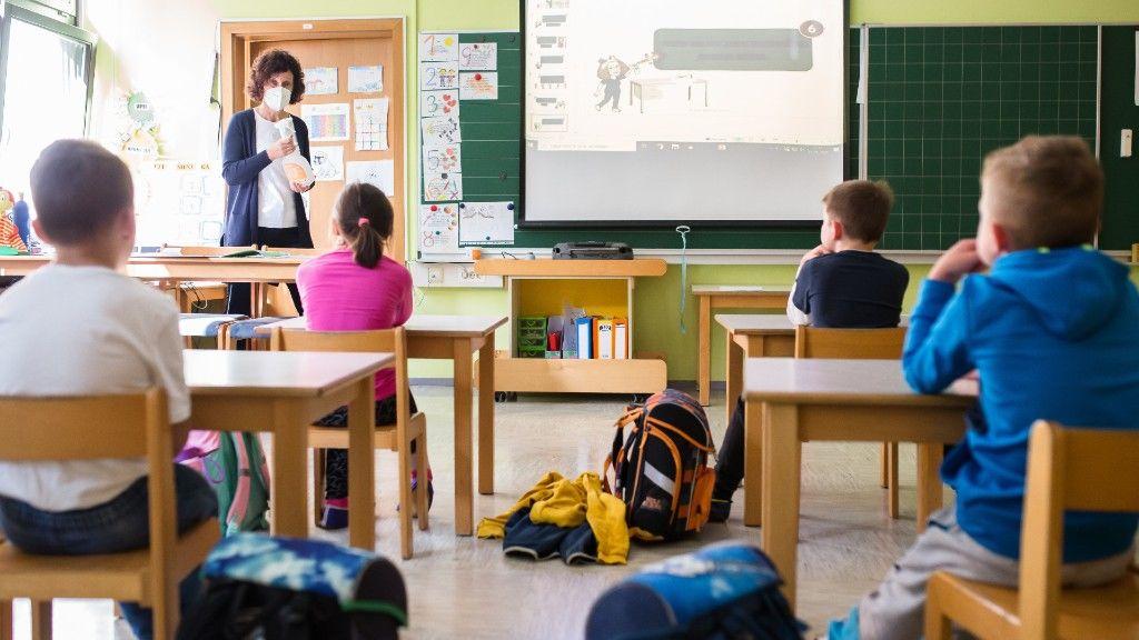 Tanítás maszkban