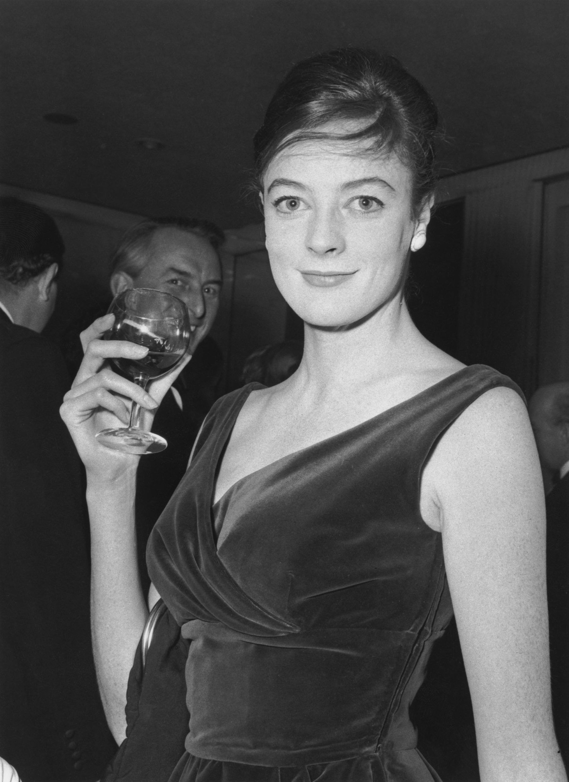Maggie Smith fiatalon