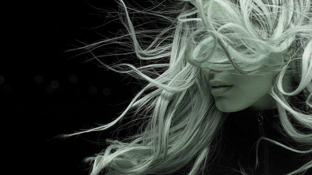 5 dolog, amit könnyen megtehetsz, hogy gyorsabban nőjön a hajad