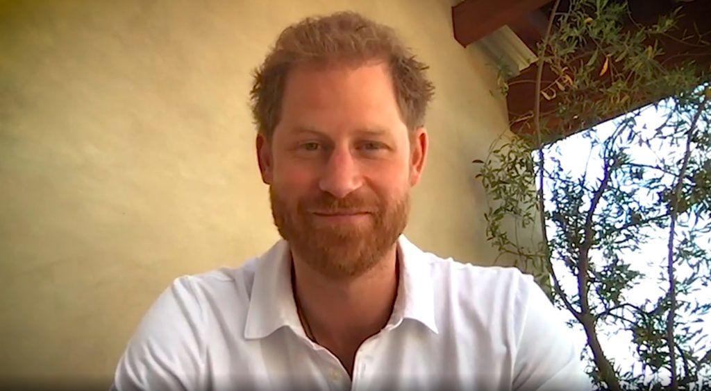 Harry herceg napbarnított és vidám