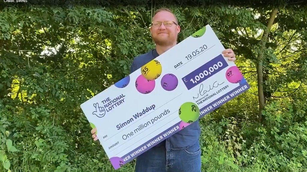 Simon, a lottónyertes és a nyertes óriásszelvénye