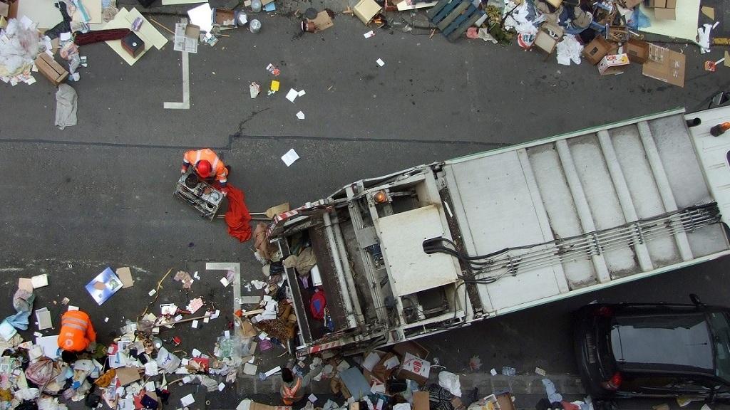 Lomtalanítás a 12. kerületben - Fotó: MTVA/Bizományosi: Jászai Csaba