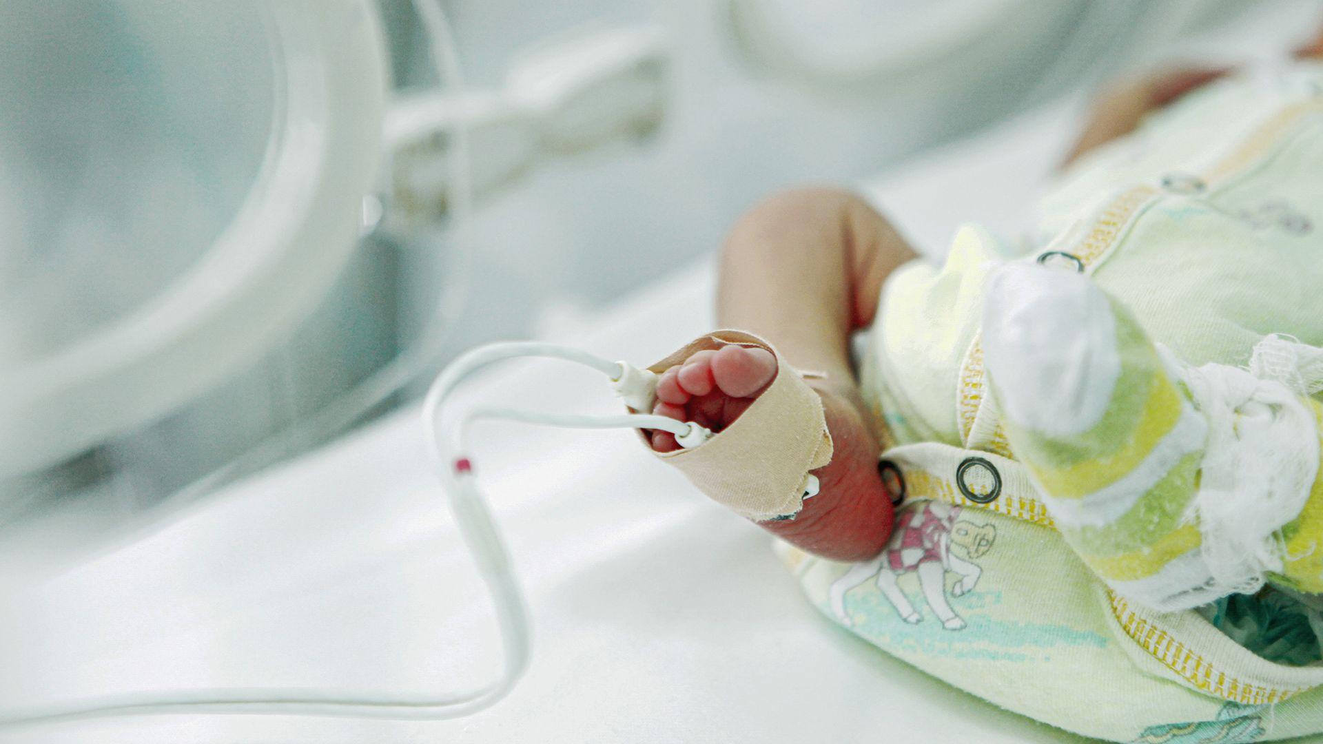 Kisbabát találtak a babamentő inkubátorban