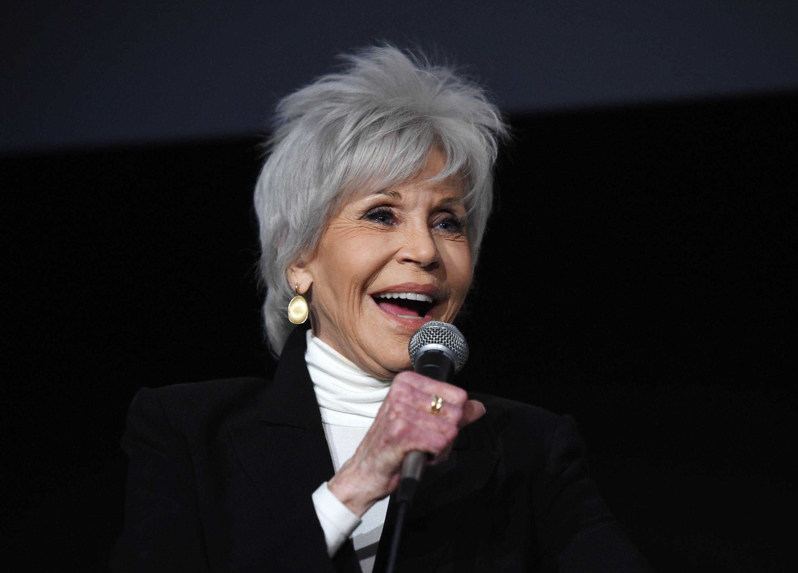 Jane Fonda odavan a divatért