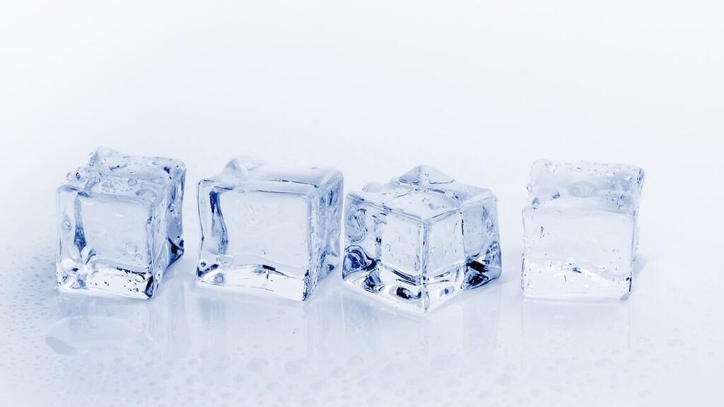 Négymilliószor nézték már meg a videót arról, hogyan kell jégkockatartót feltölteni