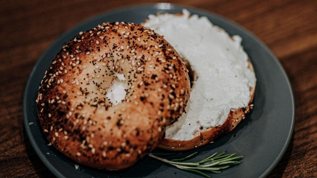 Sütt ötféle kenyeret a világ öt tájáról!