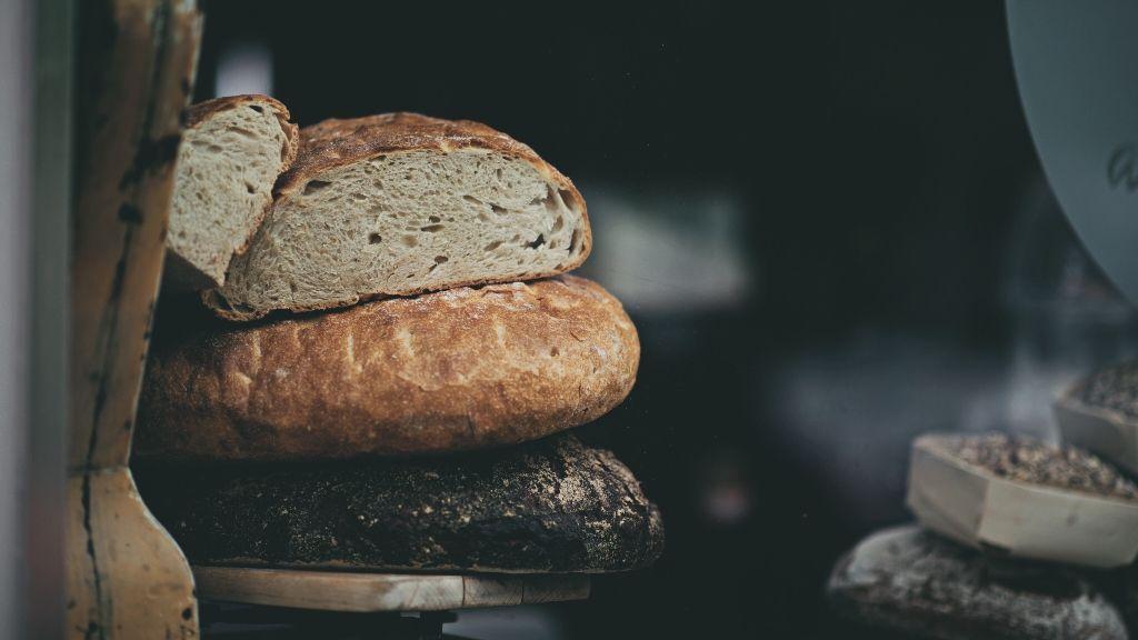 Mutatunk ötféle kenyeret a világ öt tájáról
