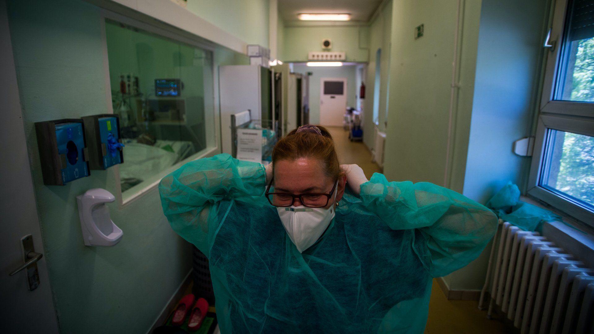 koronavírus kórházi dolgozó