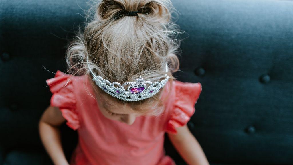 A lányoknak nem tesz jót, ha állandóan a szépségükkel vagy elfoglalva