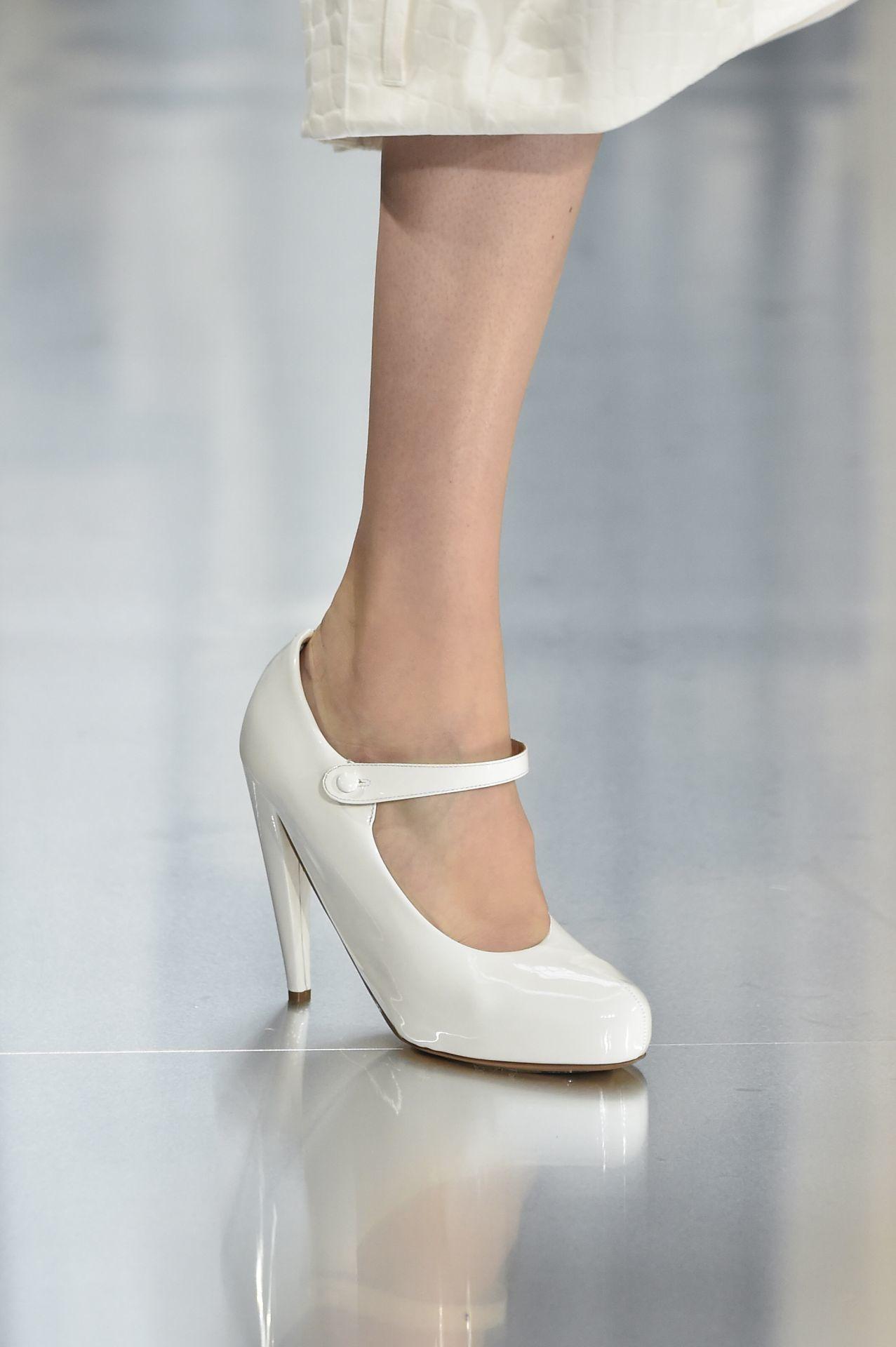 hófehér Mary Jane cipő