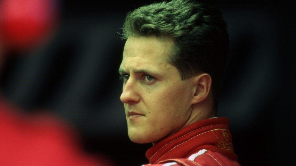 Orvosi beavatkozás előtt áll Michael Schumacher