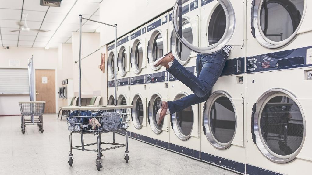 Ruhák, amiket ne tegyél a mosógépbe!