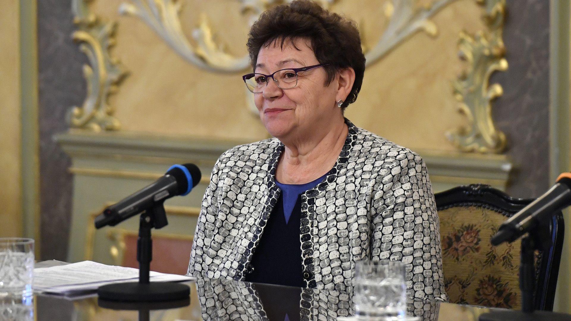 Müller Cecília figyelmeztet, hogy nincs vége a járványnak.