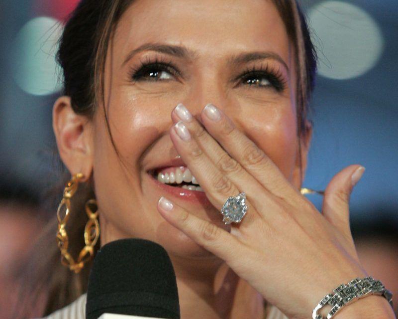 Jennifer Lopez eljegyzési gyűrűje