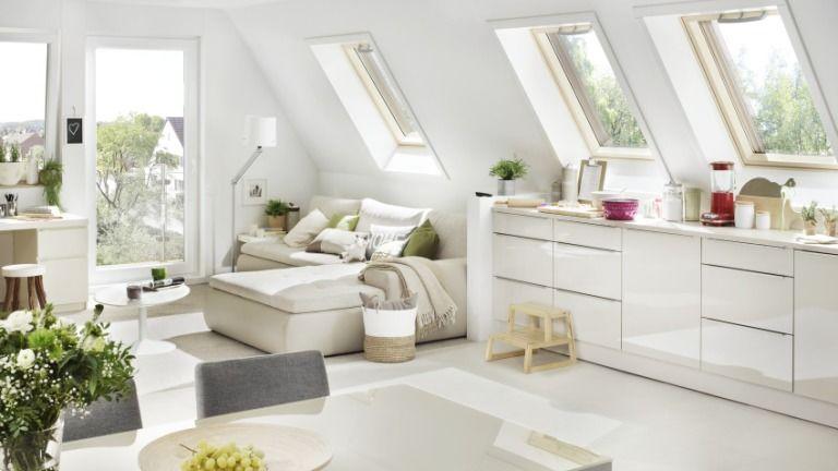 A fény a tetőtér legfontosabb eleme. Ehhez pedig jó ablakre lesz szükséged. (Fotó: Roto)