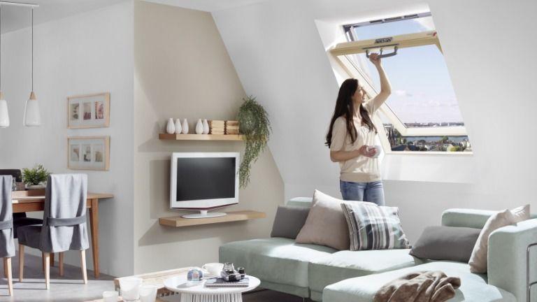 A kényelem is fontos - gondosan tervezd meg, milyen nyitású ablakot szeretnél! (Fotó: Roto)