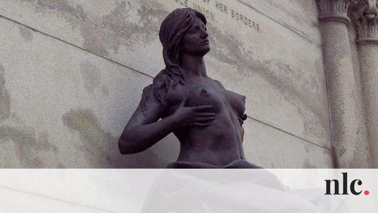Ezeket a köztéri szobrokat igazán kár lenne ledönteni!
