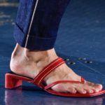 lapos talpú, piros tanga papucs
