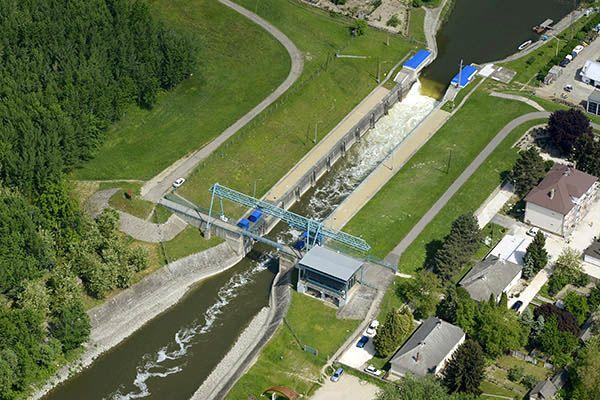 A zsilipnél oxigénnel töltődik fel a lezúduló víz (Fotó: Wikipedia)