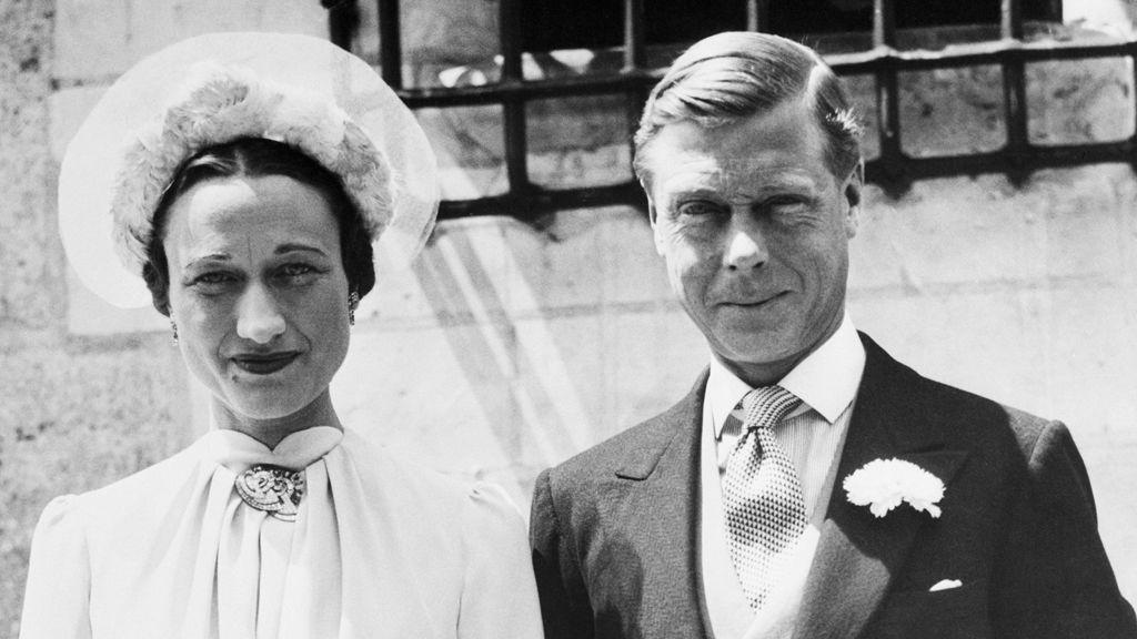 Wallis Simpson és VIII. Eduárd brit király 1937. június 3.-án házasodtak össze a franciaországi Chateau De Cande-ban.