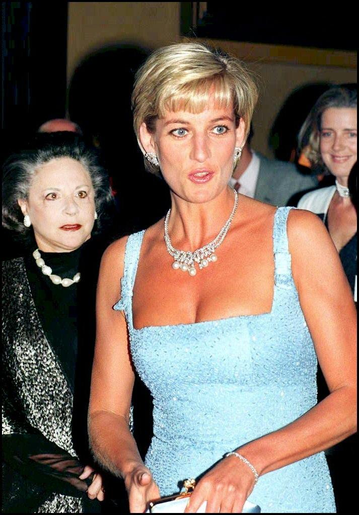 Diana a Royal Albert Hallban A hattyúk tava előadásán