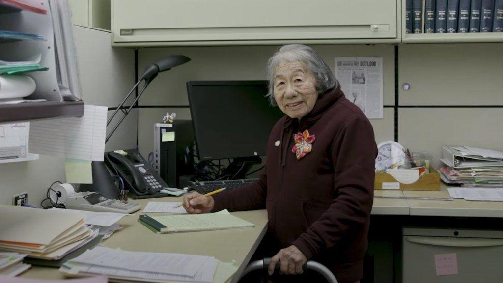 May Lee 100 évesen is dolgozik Kalifornia államnak