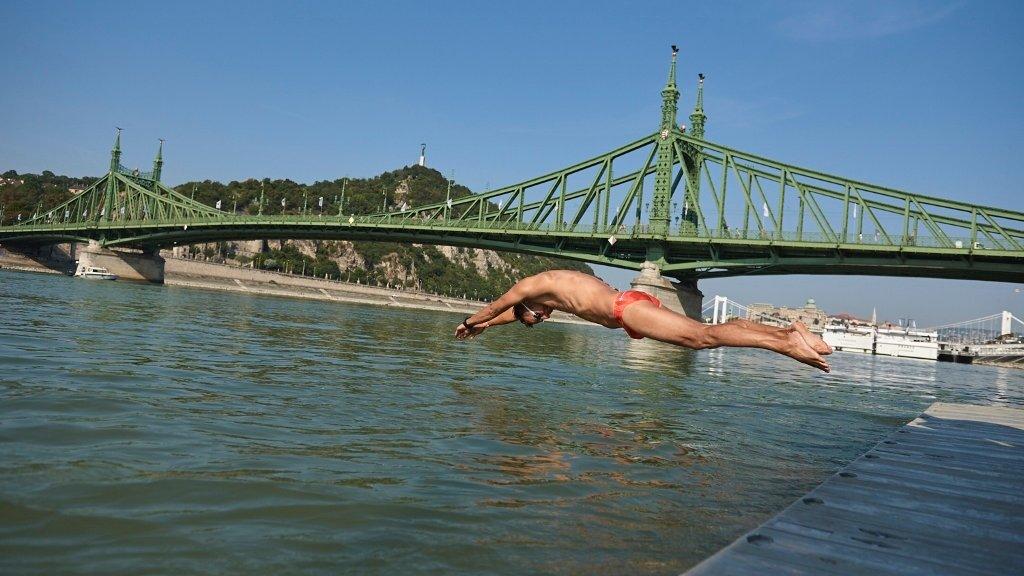 Budapest Urban Games Duna-átúszás