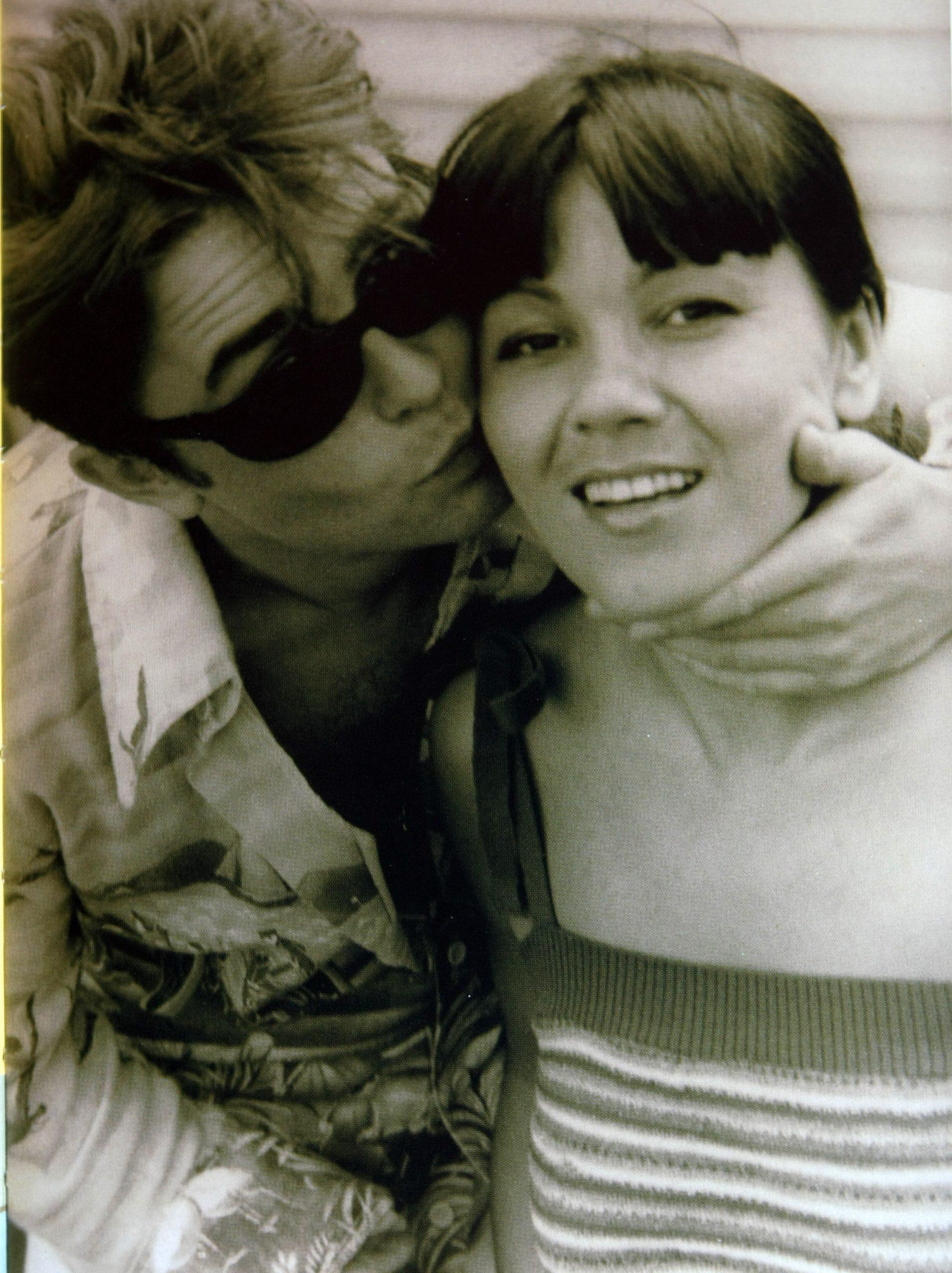 A fiatal Szikora és Dolly felismerhetetlen ezen a képen