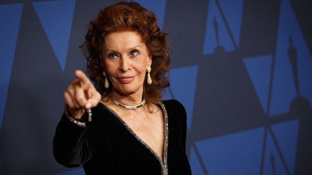 Sophia Loren fantasztikus formában van