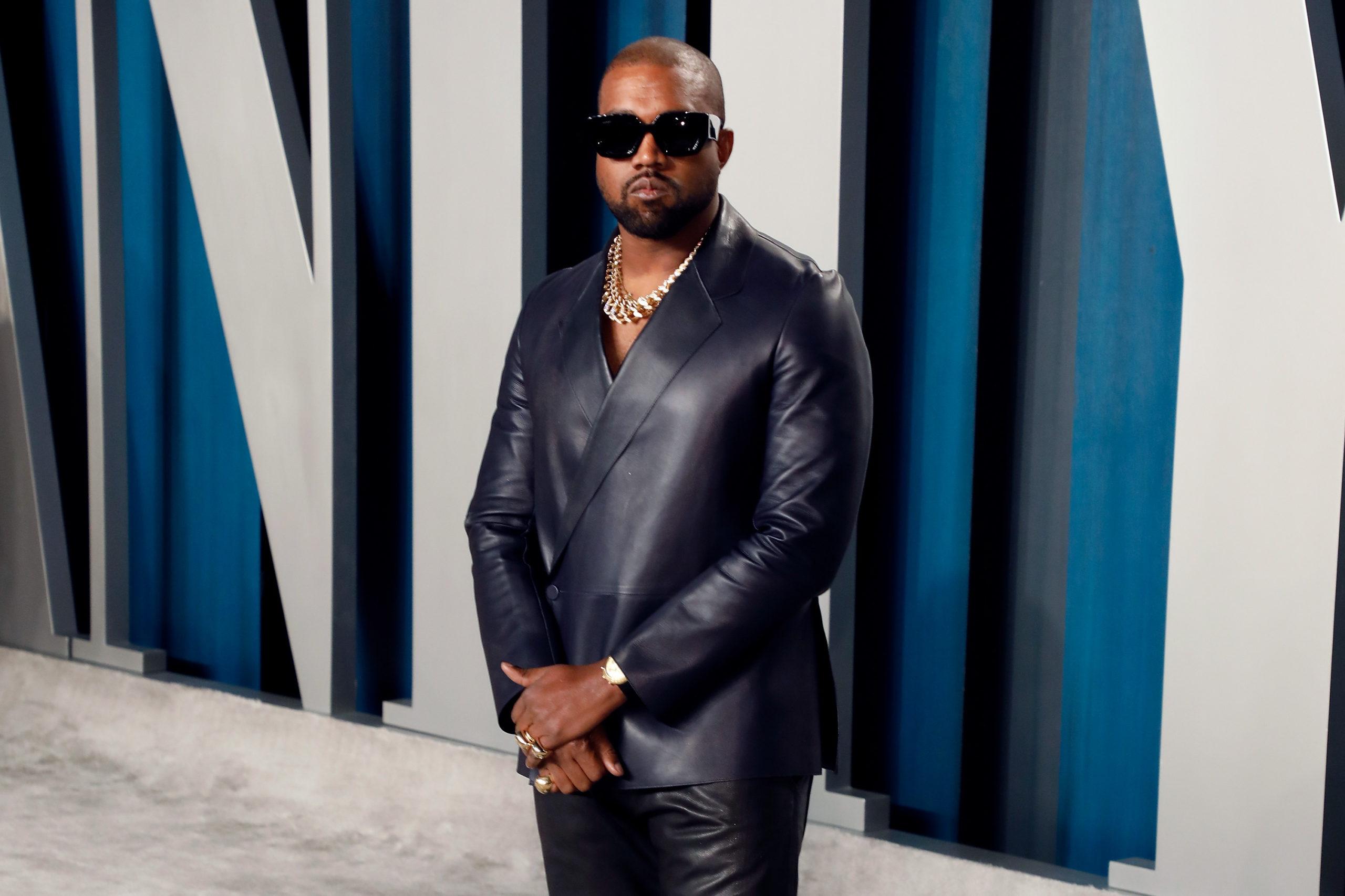 Kanye West a Vanity Fair Oscar-partiján idén februárban (fotó: Taylor Hill/FilmMagic)