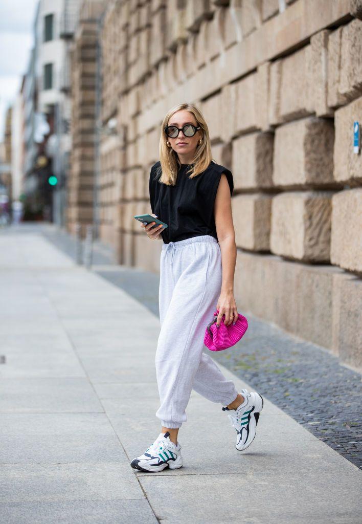 Válltöméses póló street style