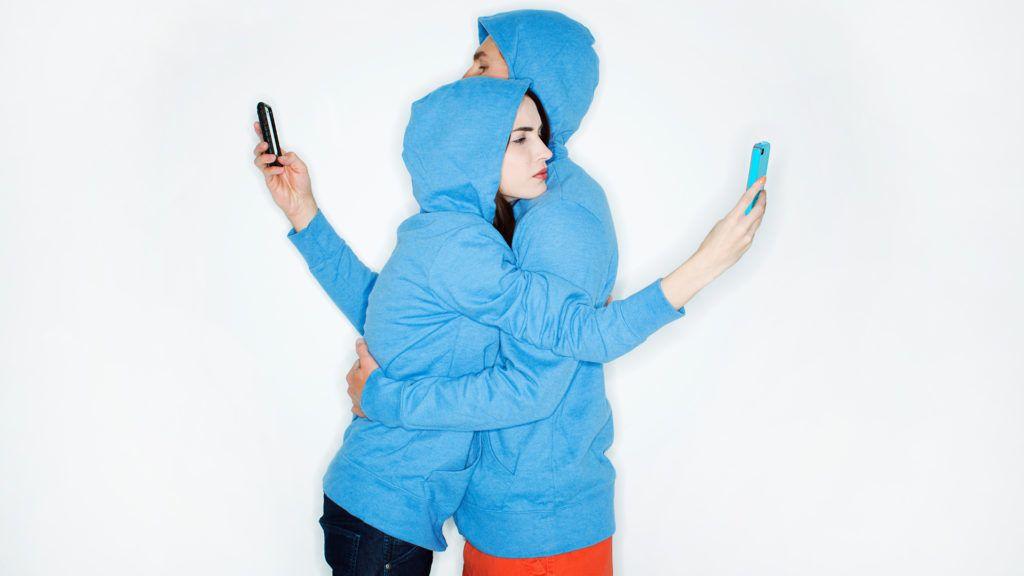 Mobilozás: A függőség oka a nyunyókáig vezet