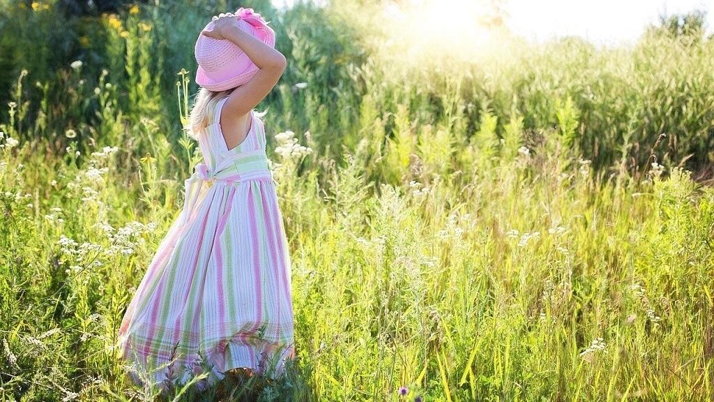 Kislány - Fotó: Pixabay