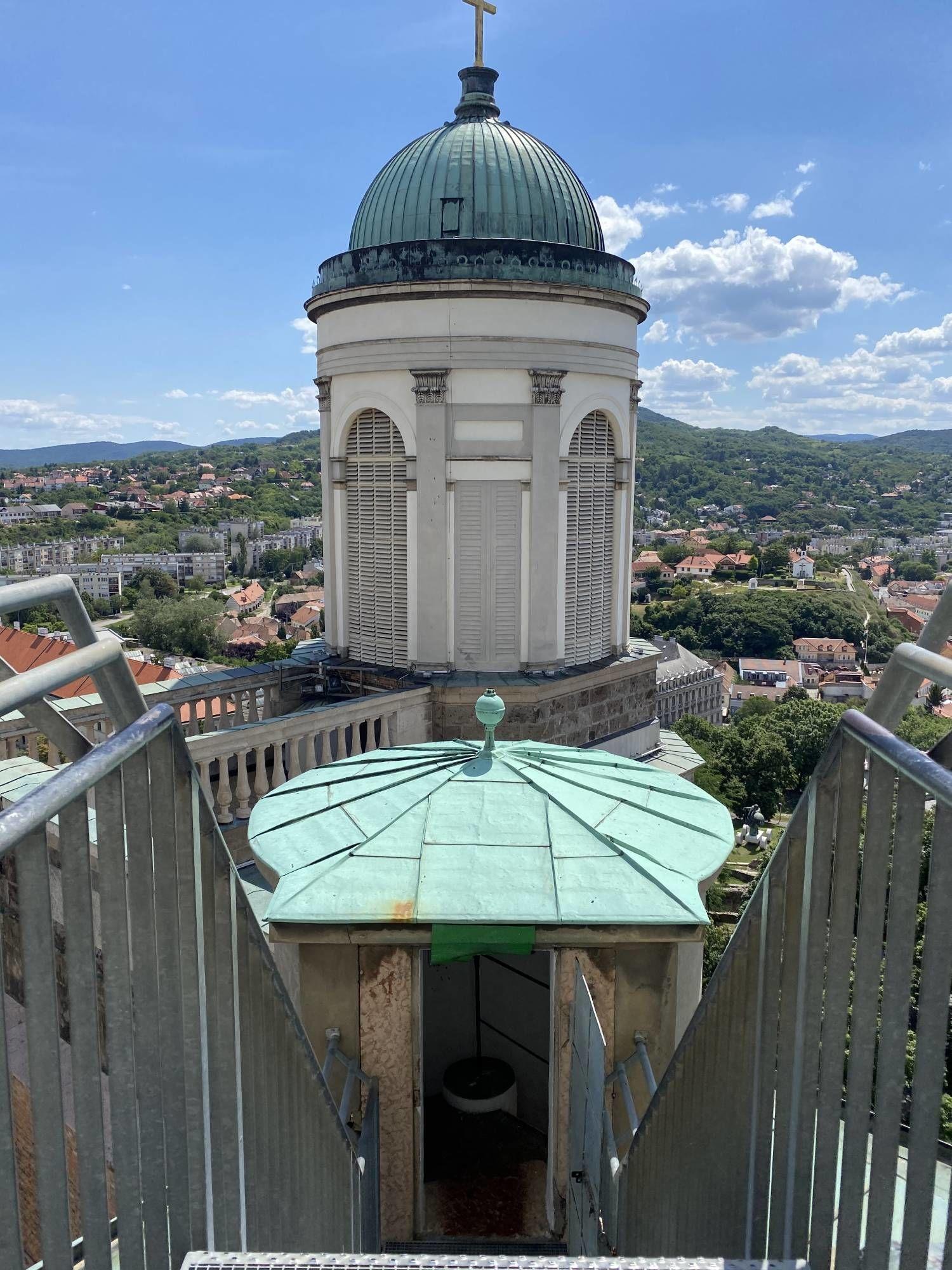 Látkép az Esztergomi Bazilika kupolájából