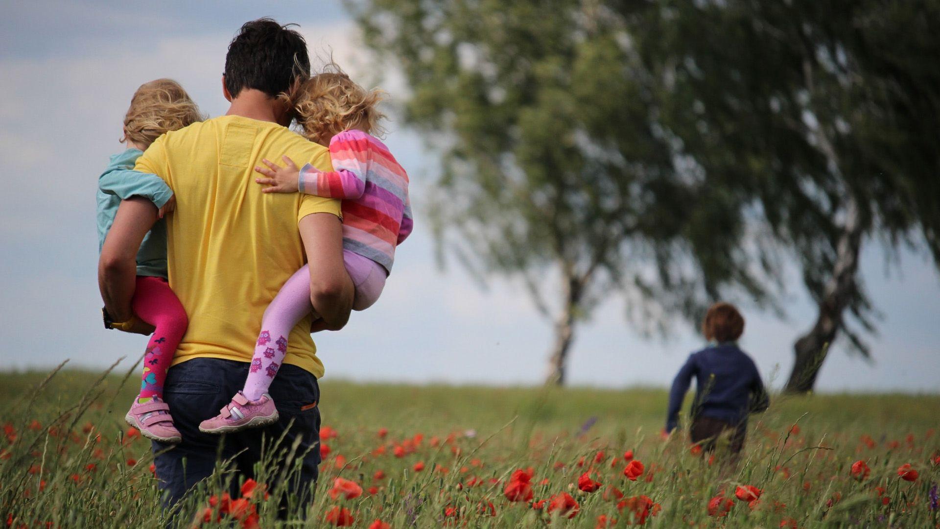 Szabolcs egyedül lett nevelőszülő