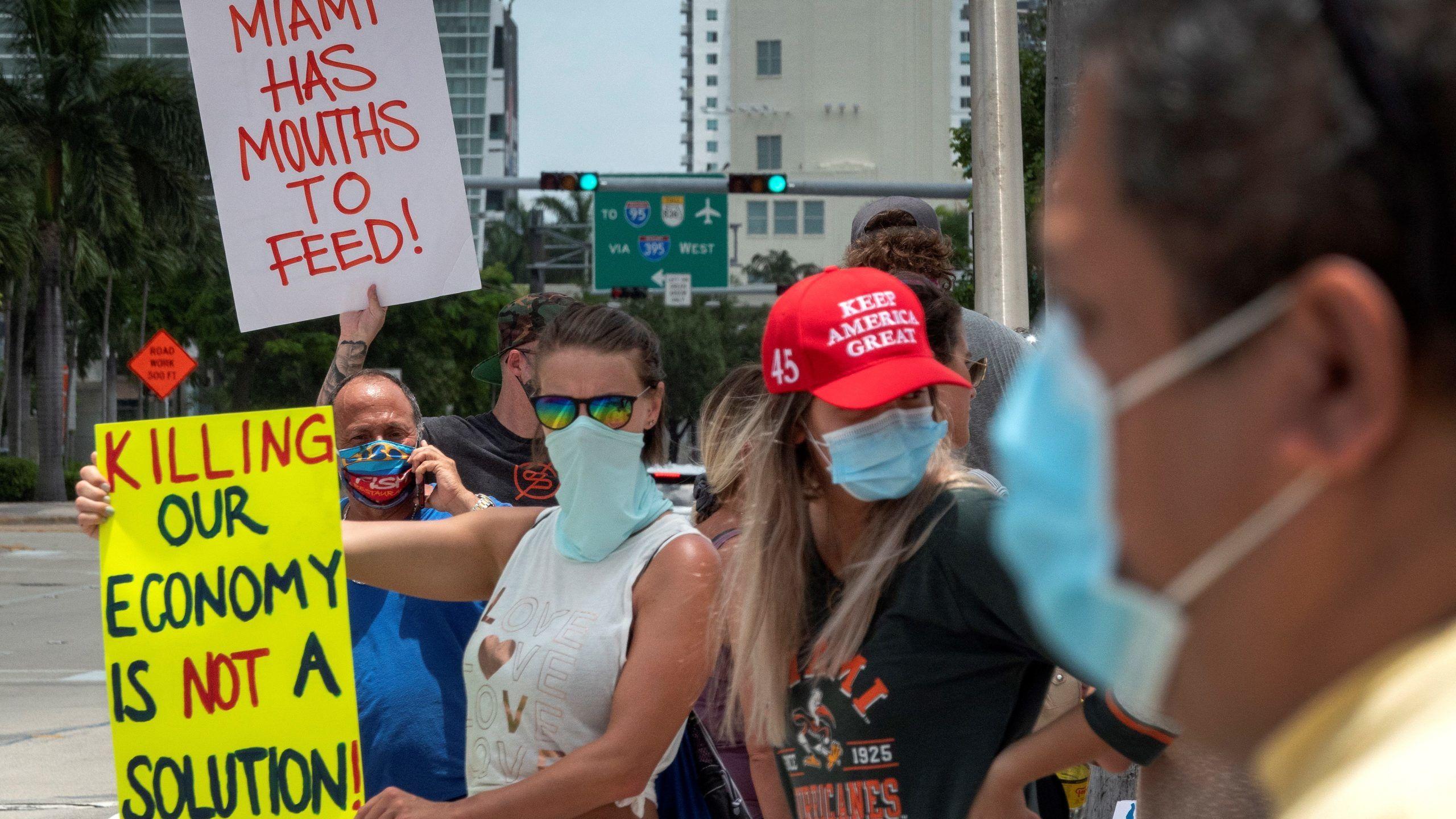 Tüntetők Miamiben