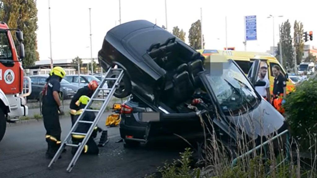 kabrio baleset