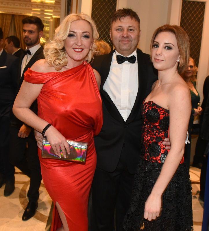 Kandász Andrea a férjével és a lányával, Lolitával