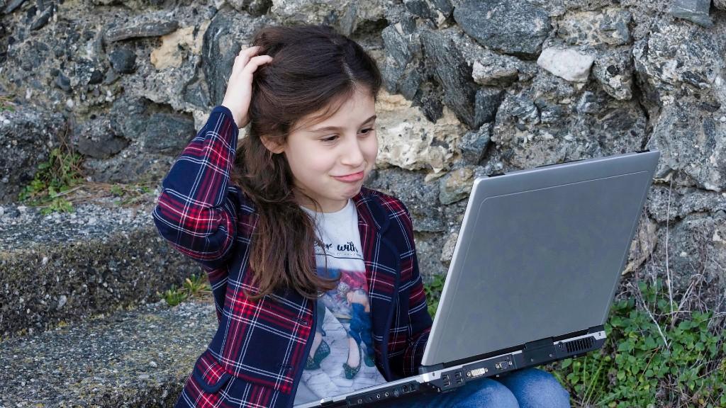 A gyerekek több mint hatvan százalékát csúfolták már a neten (fotó: Pixabay)
