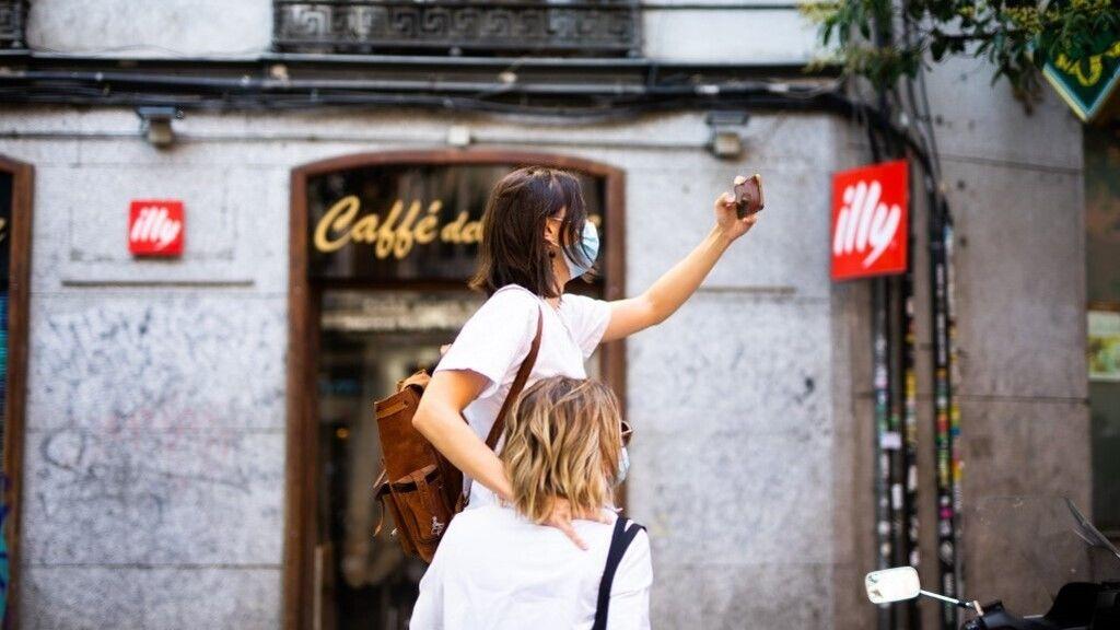 Madridban az utcán is kötelező lesz a maszkviselés