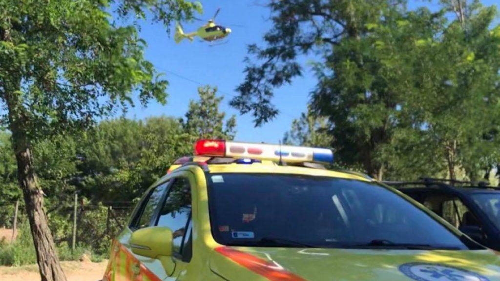 Mentőautó és mentőhelikopter