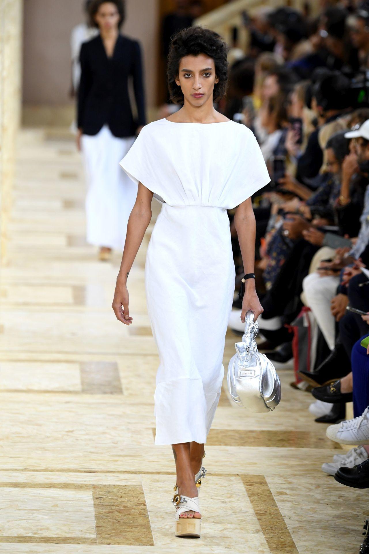 Elegáns fehér ruha - Miu Miu