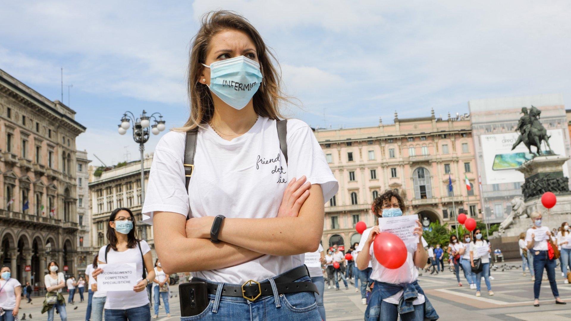 Tüntetés Olaszország koronavírus